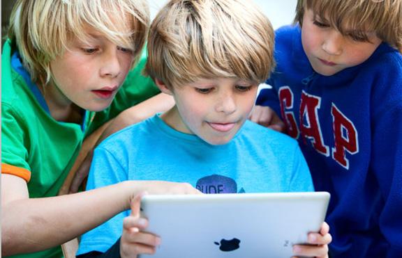 iPad-people-1