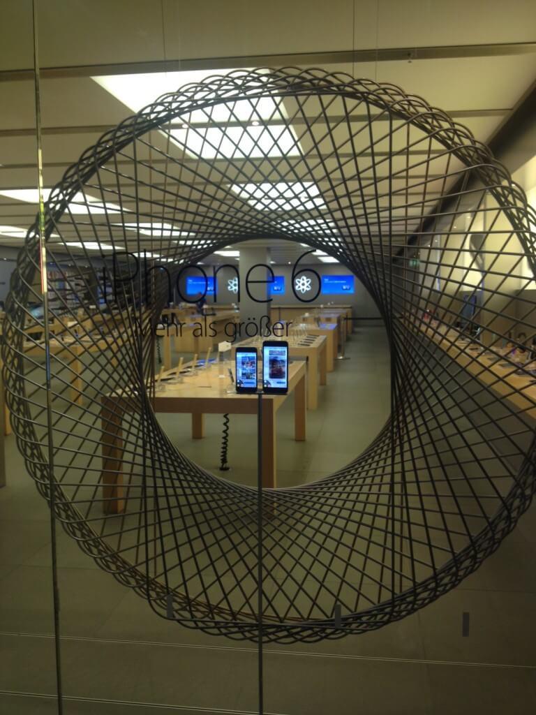 Мюнхен Munich Apple Store iPhone 6