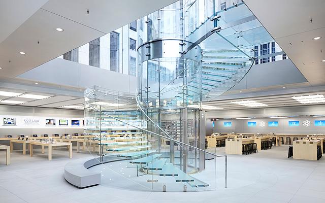 Вход в Apple Store в Нью Йорке