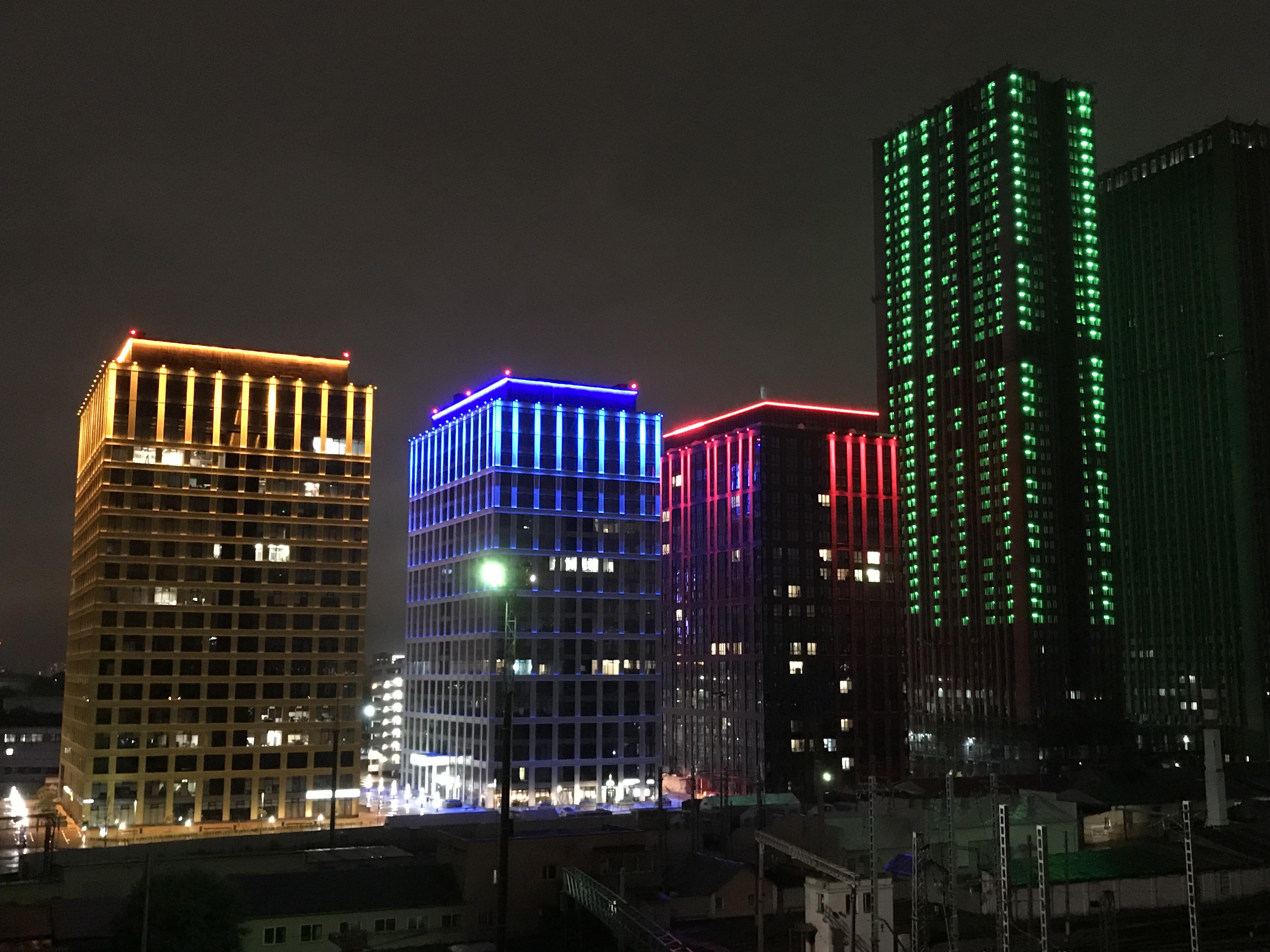 Ночная Москва. Вид с крыши дизайн-завода Флакон