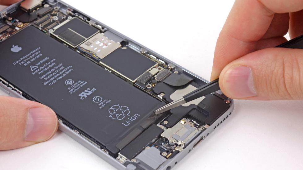 замена батареи у iphone